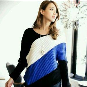 Asymmetric-Hem Color-Block Sweater XL